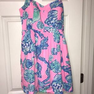 Lilly Pulitzer dress size 10 unaware of the print